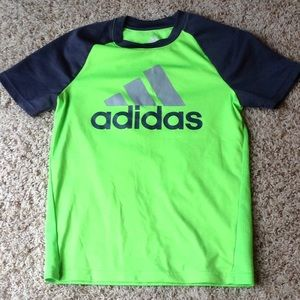 Bundle of 2 Nike and 1 adidas dri-fit